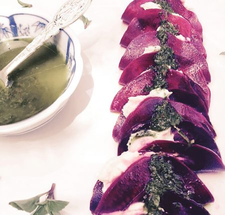 [:de]7[:en]Ravioli de Beterraba com Queijo fermentado e Pesto[:]
