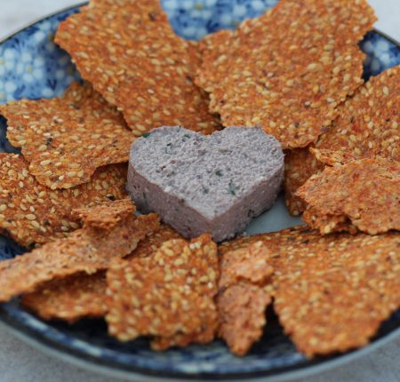 Tapenade + Crackers de Tomate